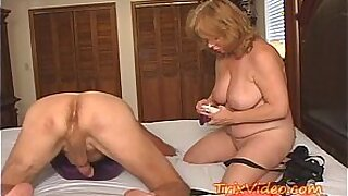 Granny enjoys strapon fucking - Brazzers porno