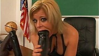 Sexy boobies eat teacher pussy - Brazzers porno