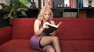 Mature Blonde Head Slaveful! - Brazzers porno