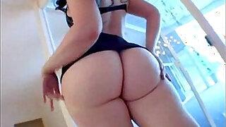 Total: 15580 -  Caroline Big Ass