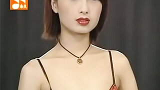 Total: 1585 -  Taiwan Girl with Sexy Lingerie Show