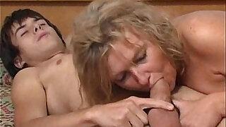 Blonde mature fucks young boy - Brazzers porno