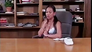 Asian Hotties Using Strap on in the Office Free Porn - Brazzers porno
