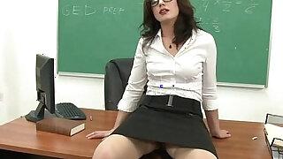 Six Man Gang Bang with Horny Sarah Shevon - Brazzers porno