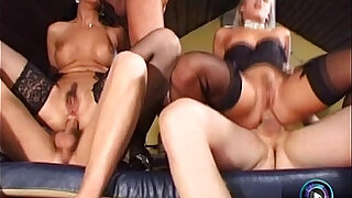 Raunchy group sex featuring the wild Cristall de Boor and Sandy Style - Brazzers porno