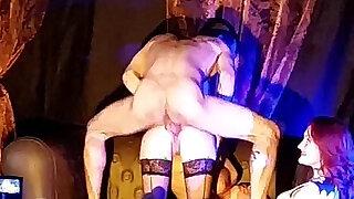 Cali Cruz fucking Theatre X Eropolis Paris 2015 avec Emy Russo - Brazzers porno