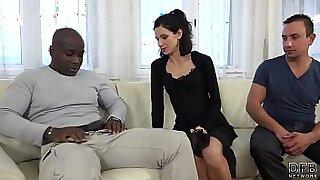 Sexy wife ebony would pussy licking - Brazzers porno
