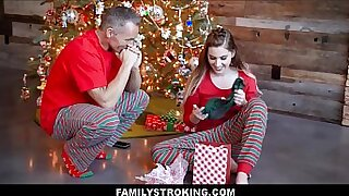 Real teen Ike gets Fucked by Daddy for Christmas - Brazzers porno