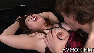 Hot MILF sucks and rammed - Brazzers porno